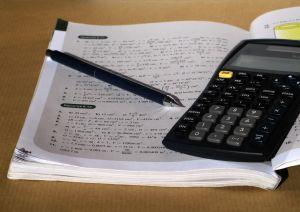 לימודי תעודה – בעד ונגד