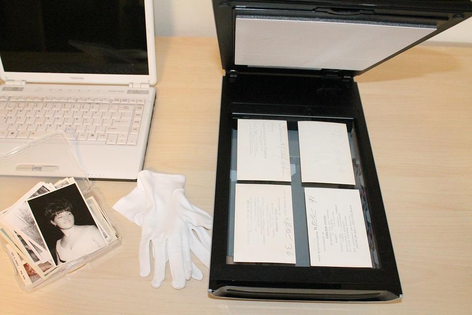 סריקת מסמכים לעסק